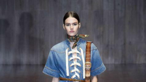 Denim, denim si iar denim – Cele mai cool & accesibile piese vestimentare ale saptamanii!!