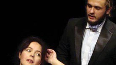 Teatrul de comedie: Domnisoara Iulia