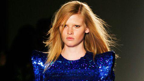 Lara Stone ia locul Madonnei in campania Louis Vuitton