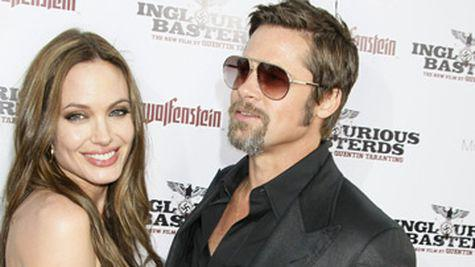 Angelina Jolie a gasit cadoul perfect de Valentine's Day!