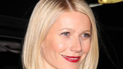 Gwyneth Paltrow ramane in Londra