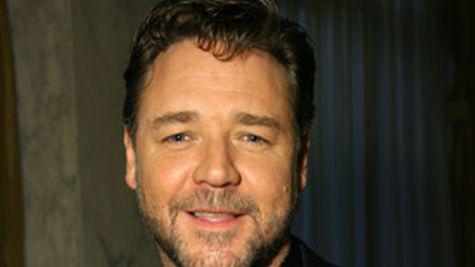 Russell Crowe, s-a mai calmat odata cu varsta