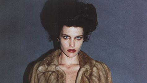 ELLE ARTA: Fashion meets art: fotografia care face moda