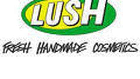 Castiga produse cosmetice LUSH in luna aprilie!