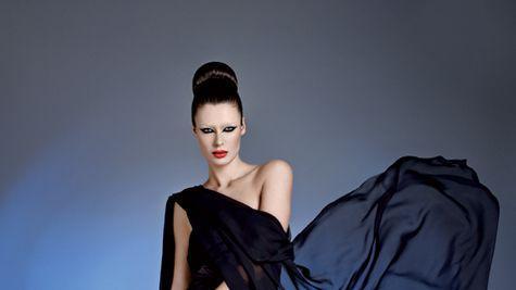 Editorial fashion: Elena Baguci si accesorii deosebite