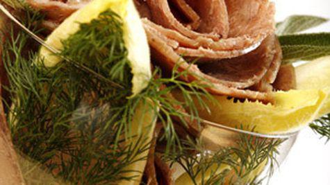 Angst lanseaza gama de produse SantiVia cu continut redus de sare si grasimi
