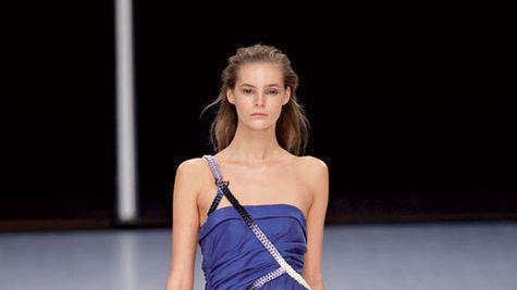 Tendinte moda: albastru pur