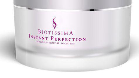 Un ten perfect cu Instant Perfection Biotissima