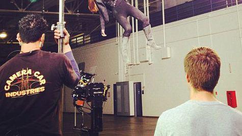 Jessica Alba isi face singura cascadoriile in noul ei film