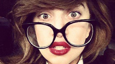 Lady Gaga, noua imagine Versace?