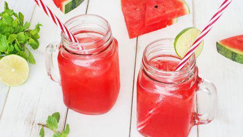 4 retete de limonada, perfecte pentru o zi de vara