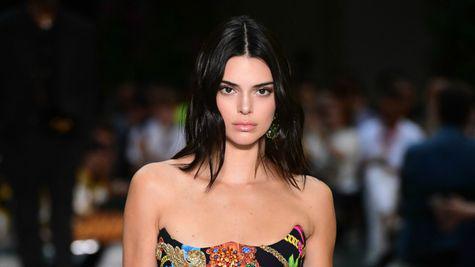 Kendall Jenner jignește industria de modelling