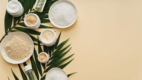 De la aloe vera la acidul hialuronic: O istorie a ingredientelor cosmetice