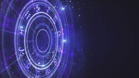 De ce dăm click compulsiv pe horoscop