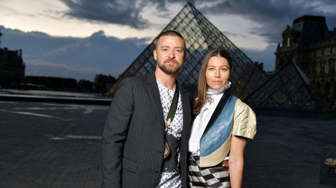 Justin Timberlake a avut parte de un incident neobișnuit la Paris Fashion Week