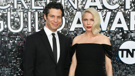 Michelle Williams și Thomas Kail s-au căsătorit în secret
