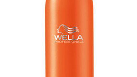 Detangling Spray de la Wella Professionals