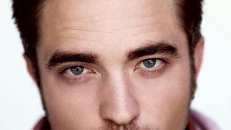 Robert Pattinson, noua imagine a parfumului Dior Homme