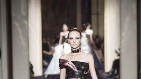 Parisul a intrat in febra modei couture
