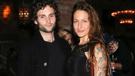 Penn Badgley, starul din serialele Gossip Girl și You, a devenit tată