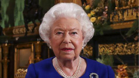 Regina Elisabeta a II-a petrece Crăciunul la Castelul Windsor, pentru prima dată după mai bine de 30 de ani