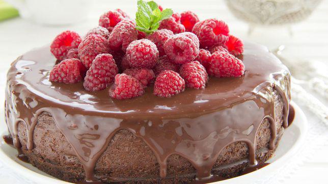 Tort de ciocolata si nuci, fara faina